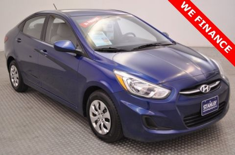 Pre-Owned 2015 Hyundai Accent GLS FWD 4D Sedan